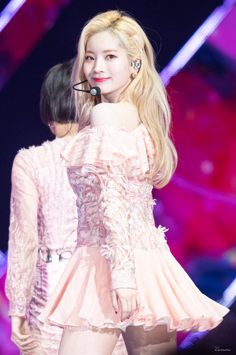 200104 GDA 🍫🍫 Our Sweet Baby Girl 🍫🍫 @JYPETWICE @JYPETWICE_JAPAN #TWICE #DAHYUN #트와이스 #다현 #ダヒョン #金多賢