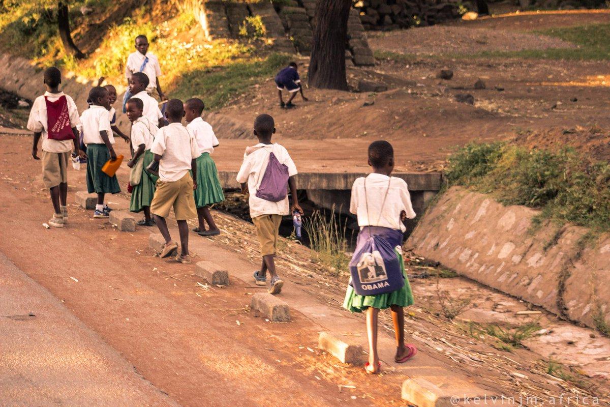 Shot by me #tanzaniakids#BackToSchool... #educationforkids #sdgs2030 #tokomezazero #SDGs #HereInAfrica #HereInTanzania #AfricanKids..#AfricanLife..  @flavianamatata @jokatemwegelo @unicef @unesco @sdgschallenge @sdgs_champions @AfricaSDGsPhoto @wikilovesafricapic.twitter.com/WeSxDJO4h6