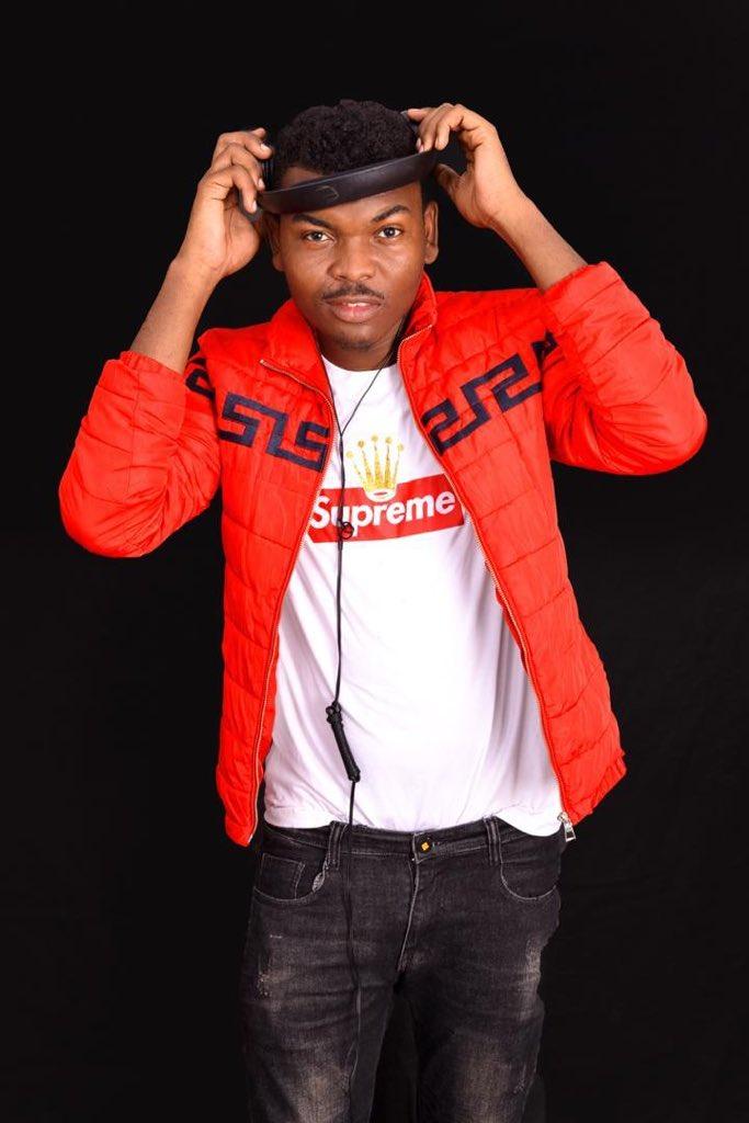 Happy birthday @djferuuh nakutakia maisha marefu buddy  #SupportedByKiba #KingKibapic.twitter.com/dWMBJ53ZKf