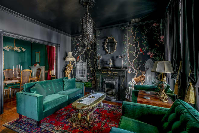 #Design Awesome of the Day: #Gothic-ish Moody Virginia House Inspired by Edgar Allan Poe With Green Velvet Couch and Onyx Coffee Table via @SofiaConsola #SamaDesign