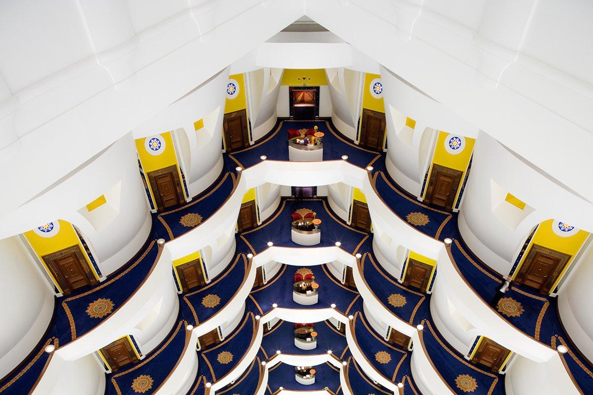 Дубай отель парус фото внутри