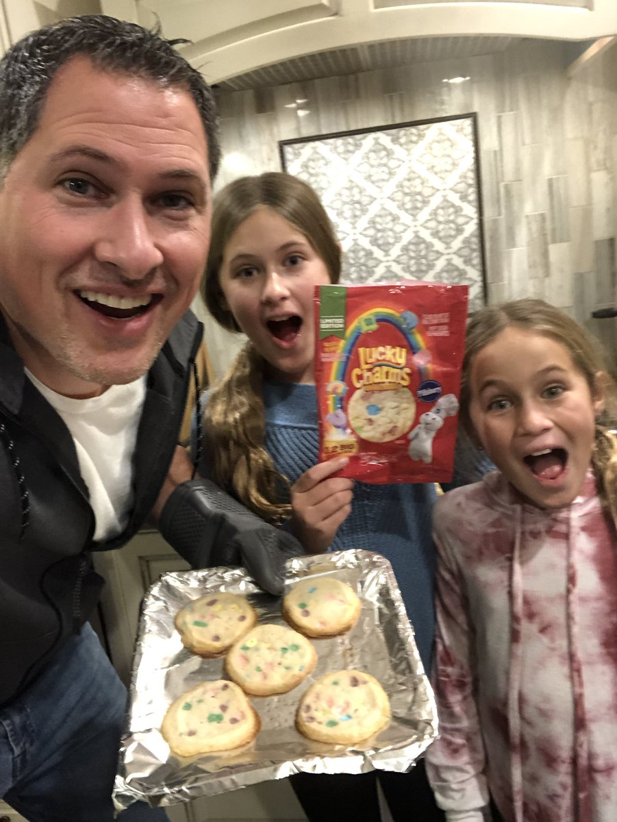 Ok...so we made the @LuckyCharms @Pillsbury Cookies. They smell awesome! The kids will be the judge...