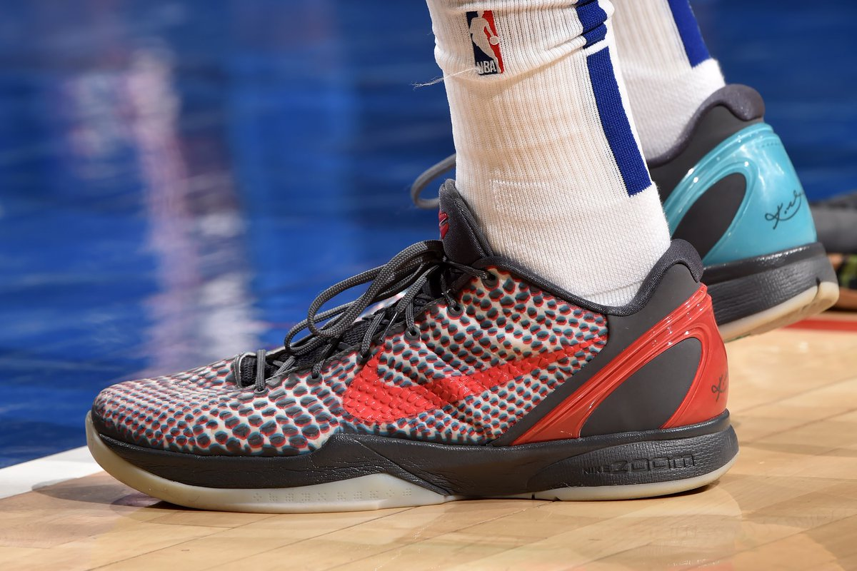 No Protro here. @tobias31 pulls out the 3-D Kobe 6 from 2011.