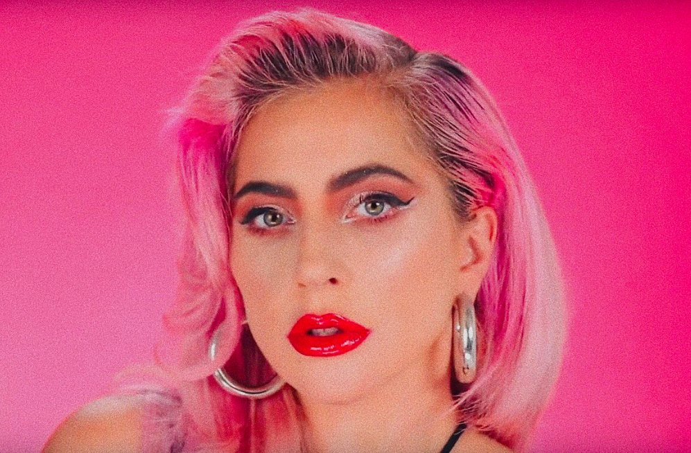"""Lady Gaga Alerts 🌟 on Twitter: """"Lady Gaga with pink hair is the ..."""