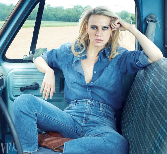 Happy Birthday Kate McKinnon!    You are astronomical, gorgeous and indispensable!