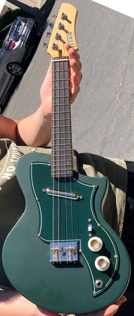 kauer titan kr .5 ukulele