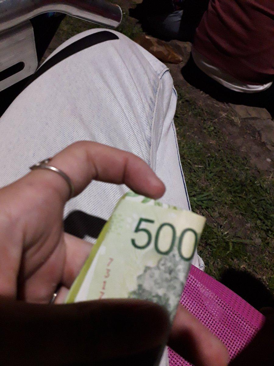 RT @vikikp1: Si das RT te encontras $500 como yo https://t.co/VfHlVmuS1v