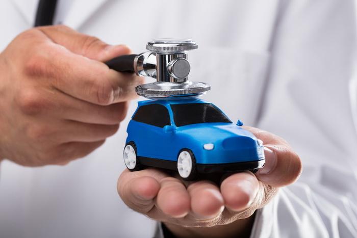 Среди врачей чаще всего превышают лимит скорости психиатры, а  кардиологи чаще всего водят очень дорогие автомобили – по крайней мере, если верить статистике штата Флорида. https://nkj.ru/news/37834/ #скорость #автомобили #кардиология #врачи #психиатры pic.twitter.com/YQG50cOpvq