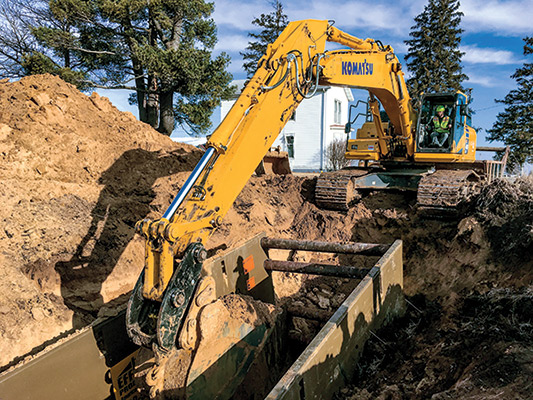 Intelligent Installation | See how one #construction company unlocked the advantages of #GPS on its utility jobsites. http://ow.ly/BbW750xOysG   #Komatsu #Excavator #UndergroundUtilities pic.twitter.com/VqSXMGK0qx