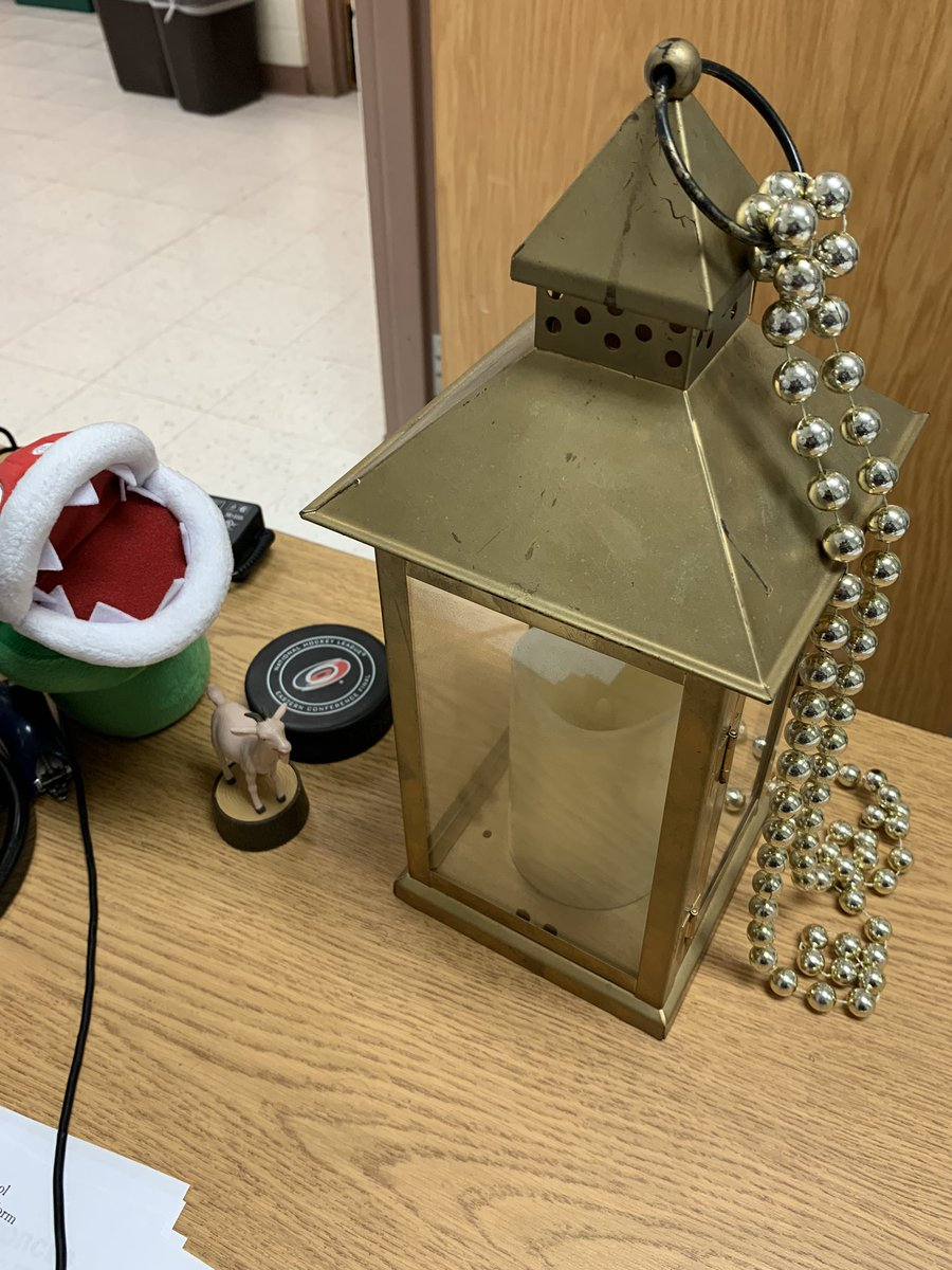 I'm honored to be one of the new recipients of the @HeritageMiddle1 Golden Lanterns.  Staff honor each other every month for their hard work, dedication, and passion.  Thanks Mrs. Ward! #TheHeritageWay <br>http://pic.twitter.com/JUYQqH5ocJ