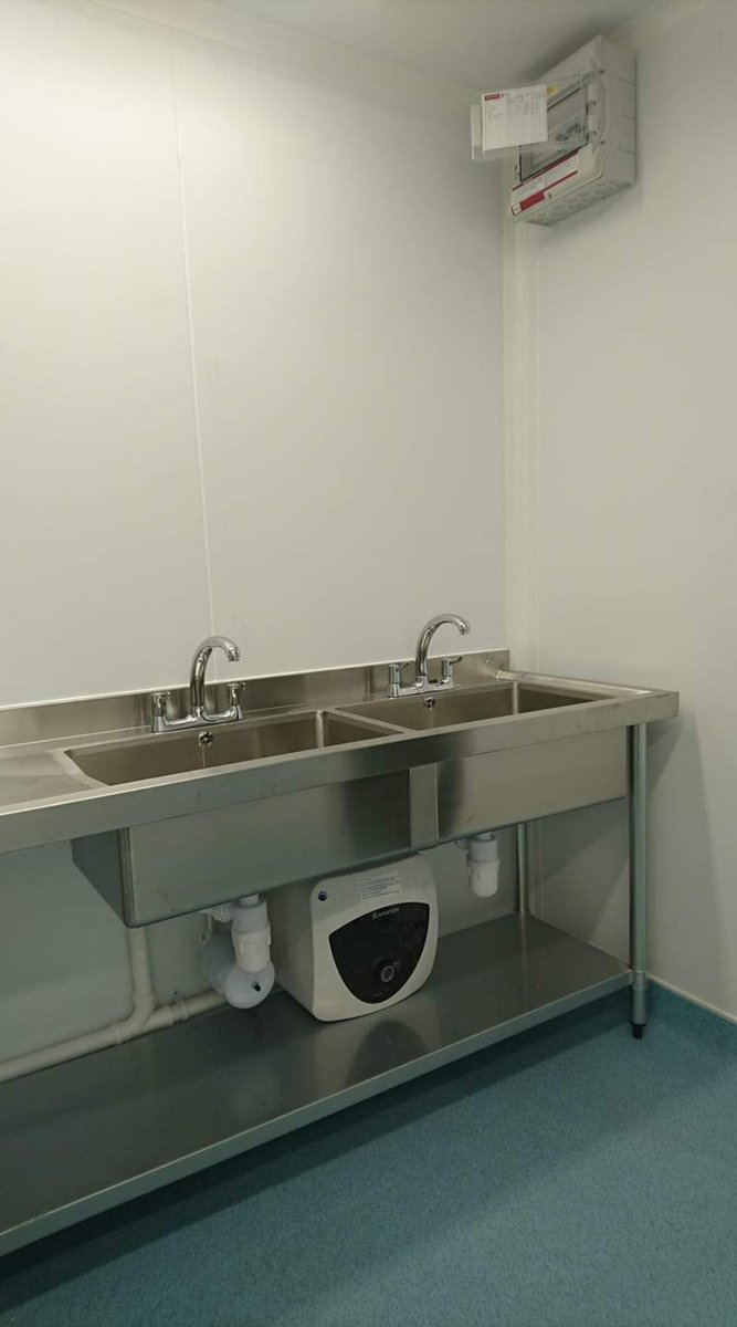 There's a buzz about the place today! Finishing touches, big project, installations...& a nice new sink!   #teamfisher #factoryfloor #busybusy #doublesink #designedforyou #makeitmodular #nationwide #business   http://Www.fisheruk.co.uk pic.twitter.com/Nt7pWALtTP