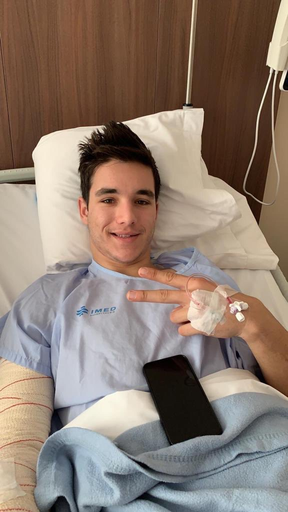 Today @LecuonaIker had surgery on his right arm to fix the chronic exertional compartment syndrome in order to be well prepared for his first full year in @MotoGP. We wish you a speedy recovery and can't wait to start the season with you in Sepang 💪🏻🇲🇾✊🏻 #KTM #Tech3 #MotoGP #IL27
