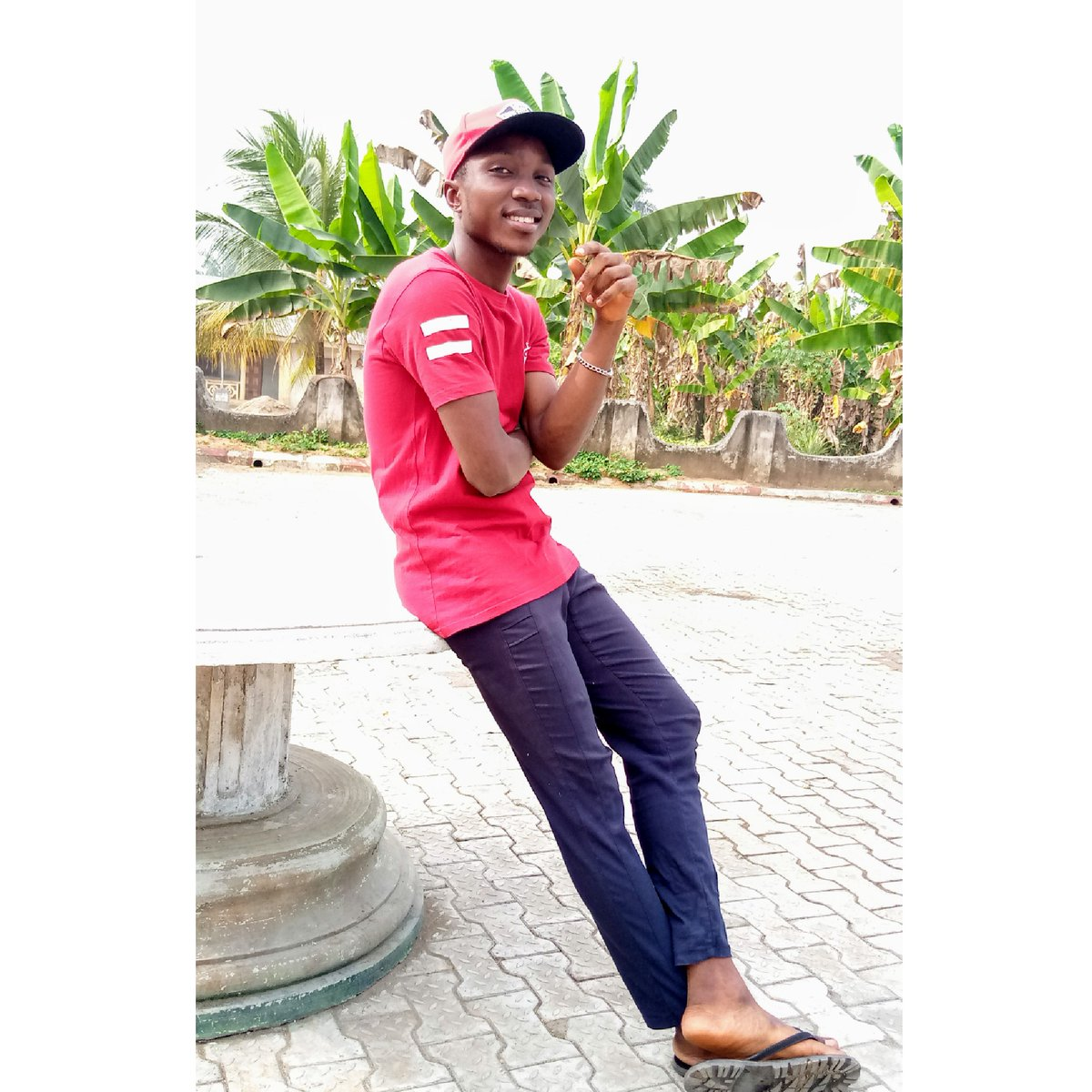 Holiday is finished  Last Picturez at Home...... Business Startz..... Your Photographer....   Zestedlenz... @OmaEleDanz @Glad62360 @photoexpress  @TECNOMobileNG This Spark 3 is Awesome.....pic.twitter.com/65y5SRNaEu