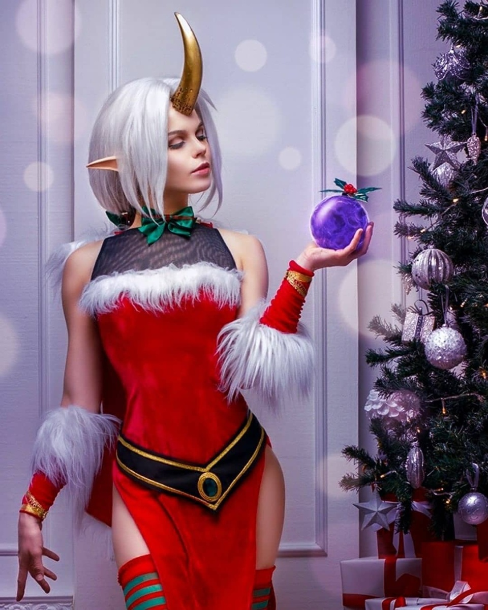 Soraka  Credit: http://instagram.com/yugoroforge   #xmas #christmas #christmascosplay #cute #elf #game #gaming #games #anime #cosplay #cosplayer #cosplaygirl #soraka #sorakacosplay #leagueoflegends #leaguecosplaypic.twitter.com/NcQUvGhQrv