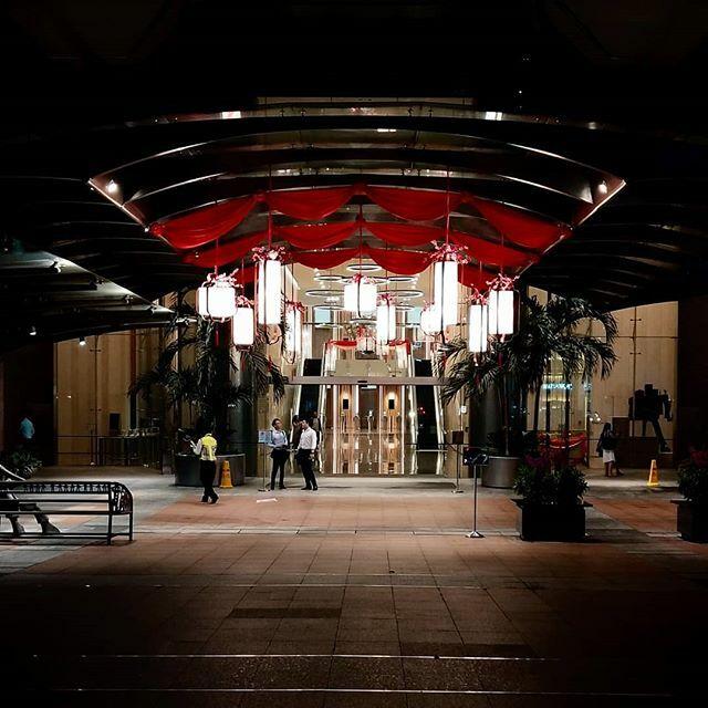 Do you prefer Xmas deco or CNY deco? 😄🐓 : : #好有福氣 #跑吧 #梦想 #Grateful #LetsRun #RunWith #ARunningRooster #KeepRunning #Dream #ランニング #走ろう #雄鶏 #夢 #走る雄鶏 #Light #CNY #Decoration