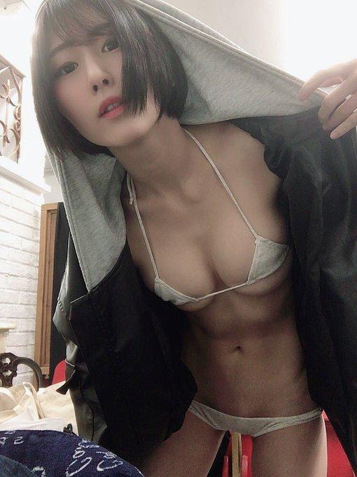 グラビアアイドル美東澪のTwitter自撮りエロ画像23
