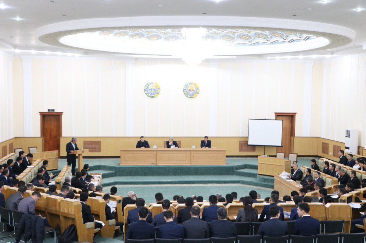 January 6, #Nukus: working group of the Ministry of Investments and Foreign Trade, headed by S.Umurzakov, visited the #RepublicofKarakalpakstan, where they discussed prospects and plans for the current year. The focus - a new system of work with #investors and #exporters.pic.twitter.com/Gx0tnjZqJu