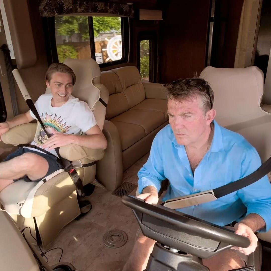 Sharks. Drag racing. And the ultimate adrenaline-fuelled American road trip 🦈 🚘 🚐 Bradley Walsh & Son: Breaking Dad Tonight 8pm And watch on ITV Hub @BradleyWalsh