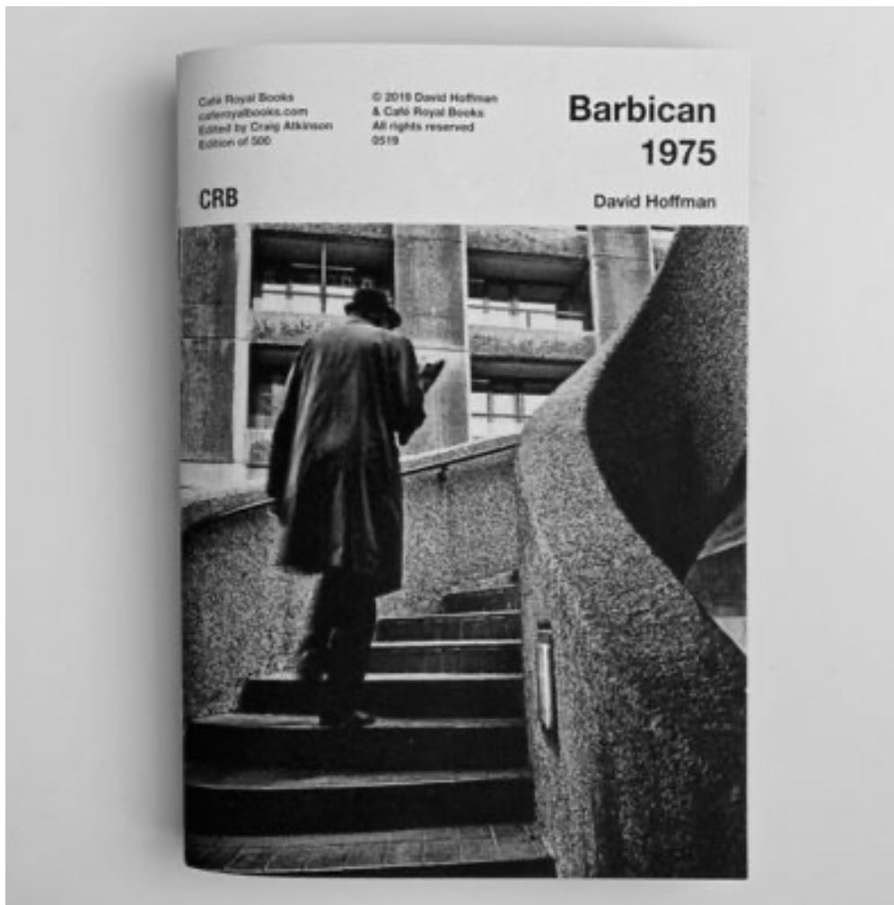 £6.00 of pop-it-in-your-pocket joy  DAVID HOFFMAN BARBICAN 1975 LIMITED EDITION ZINE BY CAFÉ ROYAL PUBLISHERS https://www.greyscape.com/product/david-hoffman-barbican-1975/… #barbican #barbicanestate #brutalism #midcenturyarchitecturepic.twitter.com/cKS0Gcaacb