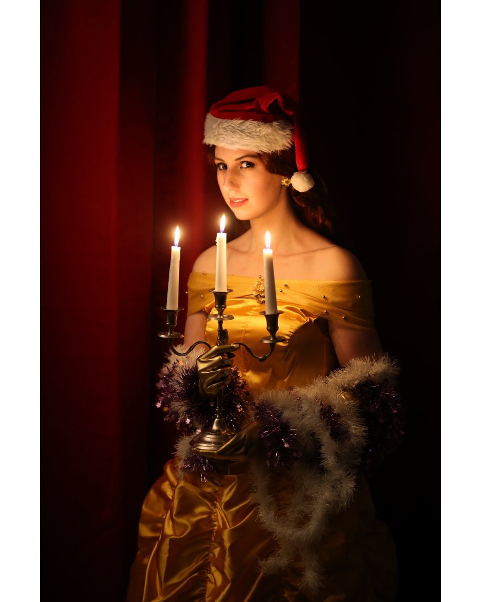 Christmas Belle ​ By @DamaniaCarola​ ​ Erwin van Dijk ​ https://www.cosplaywon.com/damaniacarola/series/beauty-and-the-beast …​  #cosplay #cosplaygirl #disney #princess  #belle #bellecosplay #beautyandthebeast #beautyandthebeastcosplay #christmas #christmascosplay pic.twitter.com/PbHoBHGNem