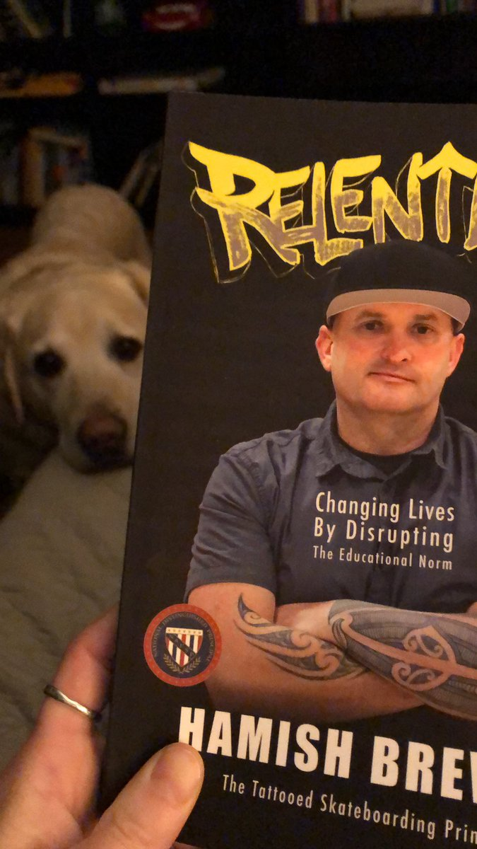 Early morning hype read with my puppers 🐾 @brewerhm