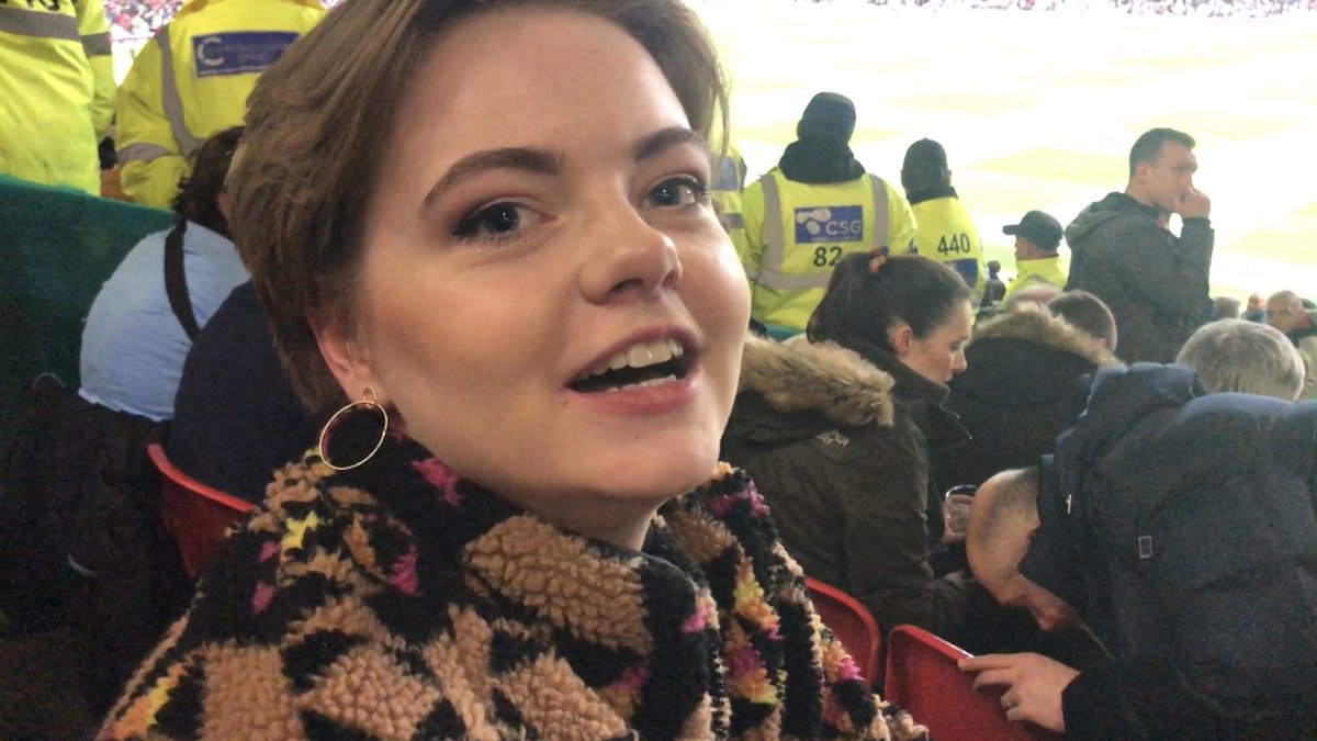 As usual, all RTs are potentially prize winners thanks to @hot_click - your support is appreciated  This is the match day vlog from Stretford #ManCity #mcfc #MCIMUN #ManchesterDerby   https:// youtu.be/EuYT45-Qwfw    <br>http://pic.twitter.com/y5G68Pin2d