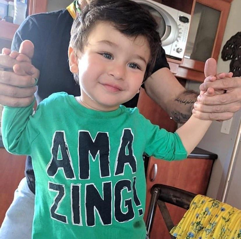 Happy Happy!!  #katrinakaifvideos #katrinakaiffans #kaif #katrinakaifsongs #katrinakaifmovies #bollywoodactress #bollywoodmovies #ranbirkapoor #ranveersingh #shraddhakapoor #arjunkapoor #varundhawan #sidharthmalhotra #anushkasharma #bollywood #bollywoodvideo #madhuridixitpic.twitter.com/KoIDXPZBGV