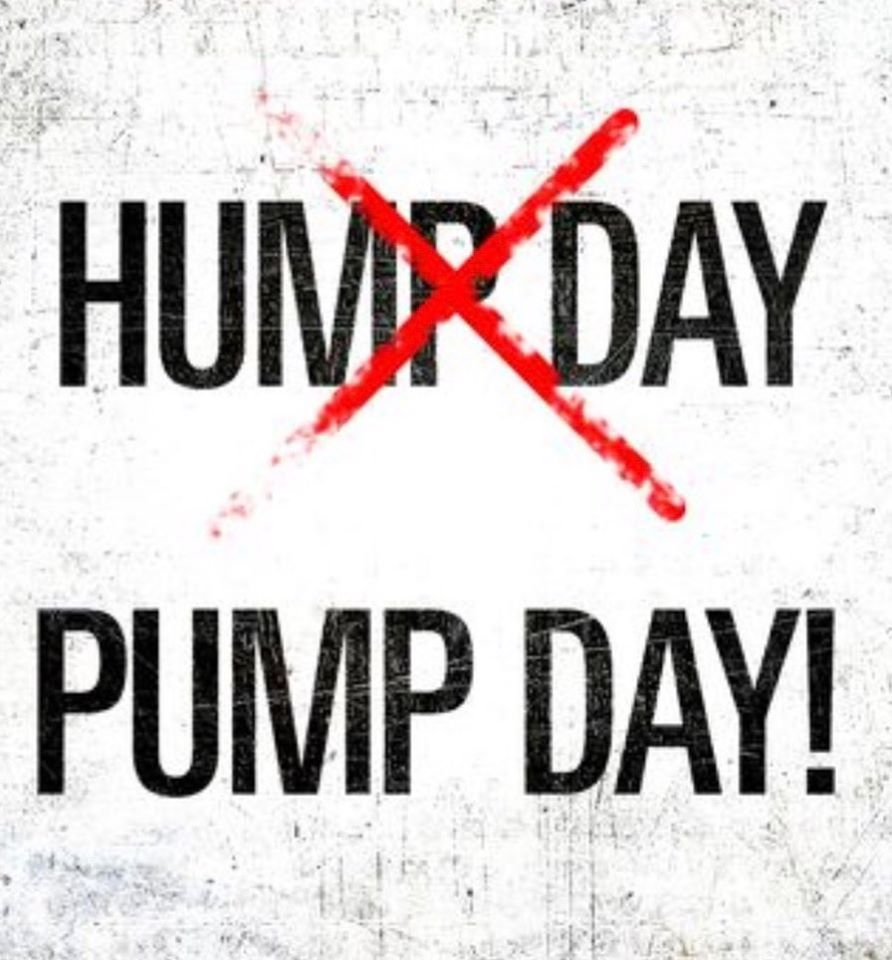 Happy pump day friends!!💪🏽  What time are you coming in today?!  #pumpday #humpdaymotivation #9roundfitness #fitness #motivation #letsgetswole #strongerin30 #9round #fitmom #fitspo