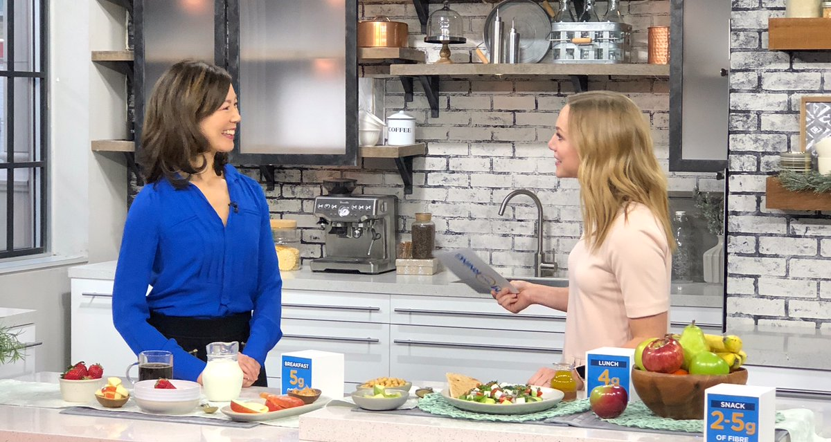 What's one way to eat better for the New Year? Eat more fibre! Here's how. #fibre #TVinterview #dietitian #MediaDietitian @YourMorning @DietitiansCAN  https://www.theloop.ca/here-are-some-simple-ways-to-add-extra-fibre-to-your-diet/…pic.twitter.com/k0rM5ZqVdG