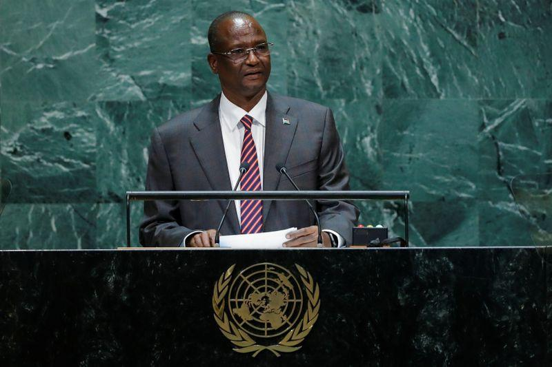 United States imposes sanctions on South Sudanese vice president  https:// reut.rs/37NXKDc    <br>http://pic.twitter.com/ugUJdnUf5i