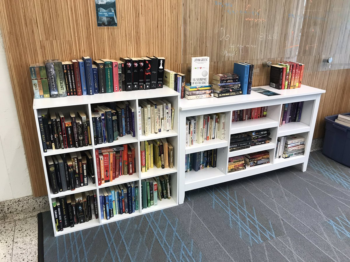 Student constructed free little library now in our commons! <a target='_blank' href='https://t.co/sHIqwIu63w'>https://t.co/sHIqwIu63w</a>