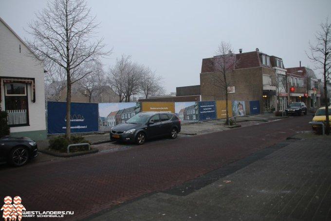 Nieuwbouw in centrum Honselersdijk laat op zich wachten https://t.co/qmdMDUA26K https://t.co/j0W2M0hkZA