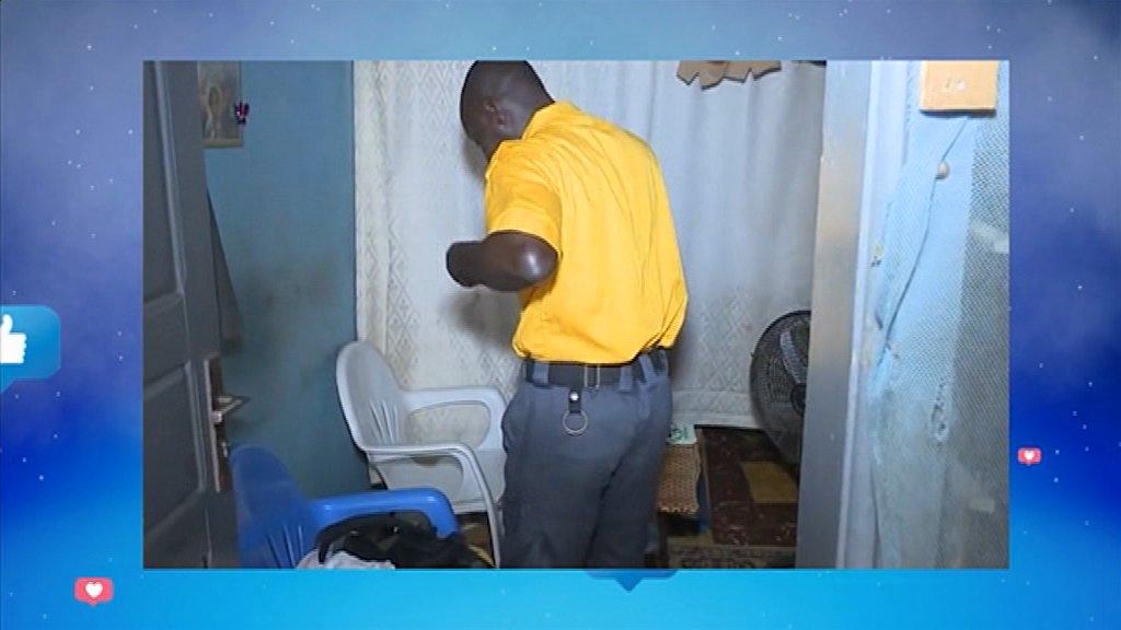 MMB | Tout sur la vie d'agent de sécurité en Côte d'Ivoire. 👉Un reportage inédit de Serges Kolea. 👉http://www.rti.ci/replays_rti2.php?titre_emission=madame-monsieur-bonsoir&id_emission=26&id=5534&titre=mmb-du-22-janvier-2020-reportage-de-serges-kolea-sur-la-vie-dagent-de-securite-en-cote-divoire… #MMB #RTI2 #RTIofficiel