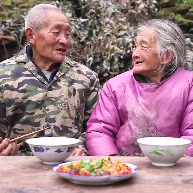 【動画】おばあちゃんが作るシンプルな麻婆豆腐がコチラwwww