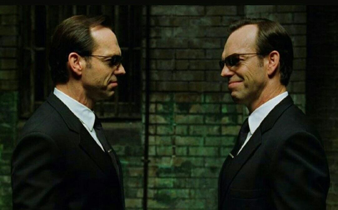 Hugo Weaving, The Matrix 4 ün çekimleri, yer aldığı başka bir projenin çekimleriyle çakıştığı için filmde yer almayacak. #thematrix4 #hugoweaving