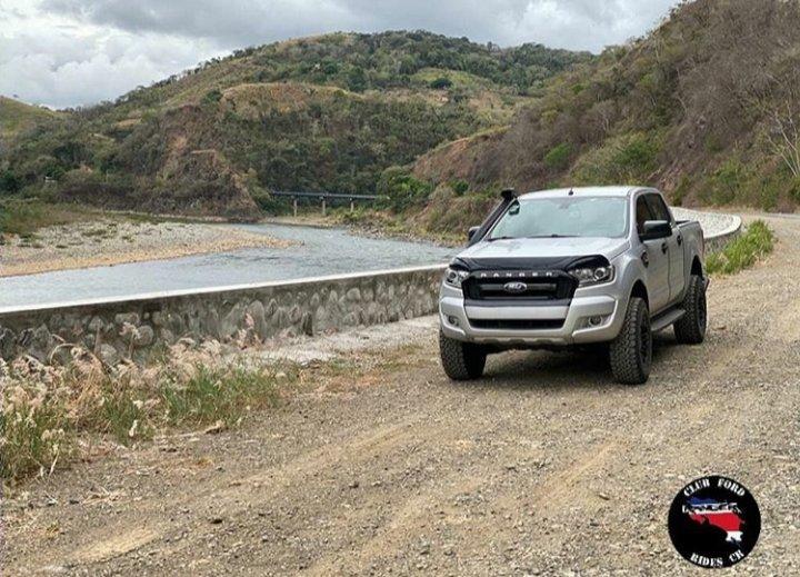 Conociendo los paisajes de la zona sur  . . #Verano2020 #conociendomipais #CostaRica #puravida #fordclub #familia4x4 #Ford #Ranger #4x4 #offroad #trucks #pickup #FordRanger