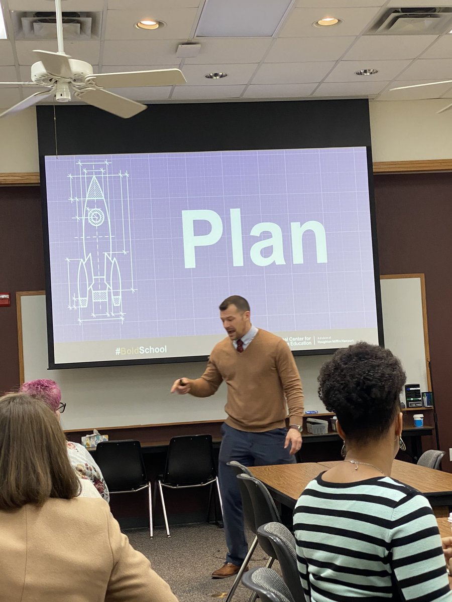 What gets planned gets done ✅ ⁦@Wes_Kieschnick⁩ #boldschool ⁦@Region12⁩