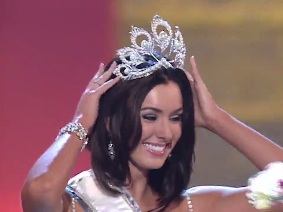 Miss Universe 2005 is... 👑