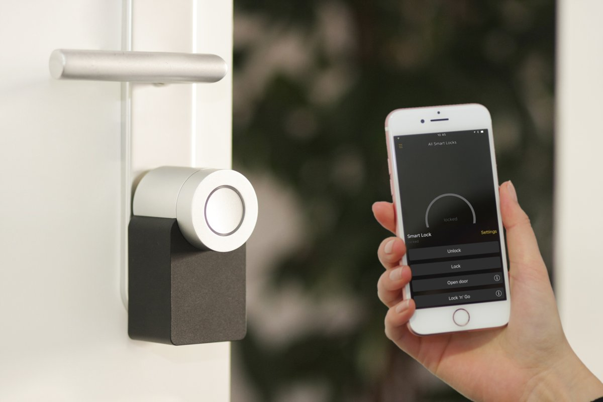 What do most smart locks lack that this one has? Take a wild guess and then read here to see if you are right. Hint: The answer is much more obvious than you may think! https://www.pocket-lint.com/smart-home/news/149952-this-smart-lock-has-something-most-smart-locks-lack-a-key… #smartdevice #washingtondcpic.twitter.com/MRM4PWirhF