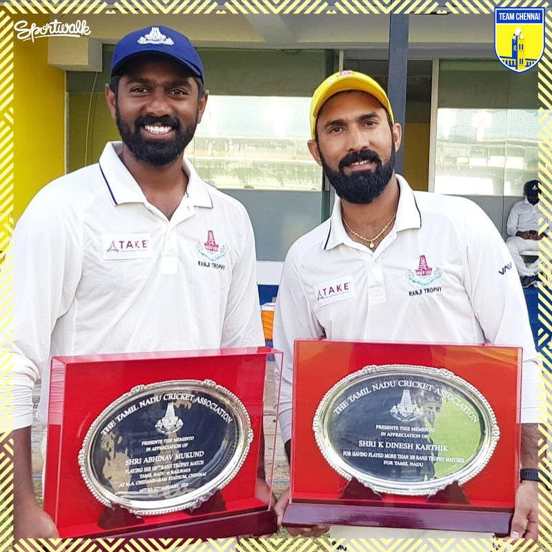 Congratulations Abhinav Mukund and Dinesh Karthik for Playing his 100th Ranjitrophy game against Railways and Both are Honoured by @TNCACricket<br>http://pic.twitter.com/Z6Ew4pWLxt