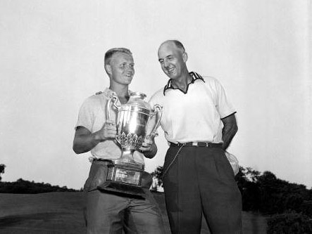 Age he shot 66 at his home course, Scioto Country Club, to match the course record for an amateur. #80WaysToCelebrateJackNicklaus #Happy80thBirthday #GoldenBear #JackNicklaus #TheMasters   https://www.augusta.com/masters/photos/jack-nicklaus-turns-80…pic.twitter.com/xHP51A8BUC
