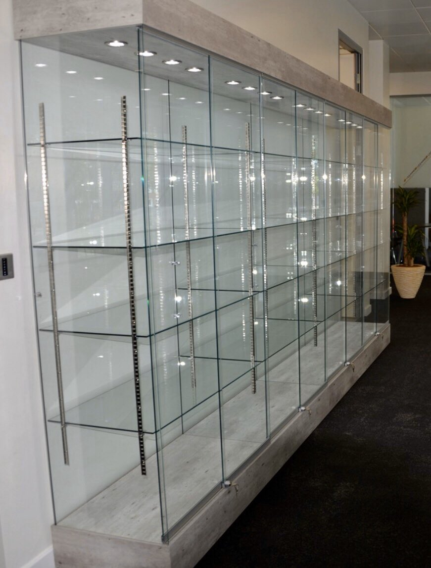 Display of excellence  _________________________________________  #GlassCompany #GlassShelves #Glass #glassforsale #glassshop #glassdisplay #glassshelf #forsalebyowner #glasscase #glasscabinet #clearglasspic.twitter.com/pSYYBB6nRG