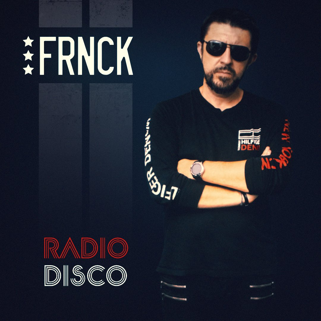 """My new French house track """"Radio Disco"""" is out now !  Enjoy !   https://www. youtube.com/watch?v=LQVjin AR34Q  …   #frenchhouse, #electrohouse, #frenchtouch, #funkyhouse, #dancepunk, #breakbeat, #nudisco, #electrorock, #electroclash, #indiedance<br>http://pic.twitter.com/zRHhTdWTQz"""