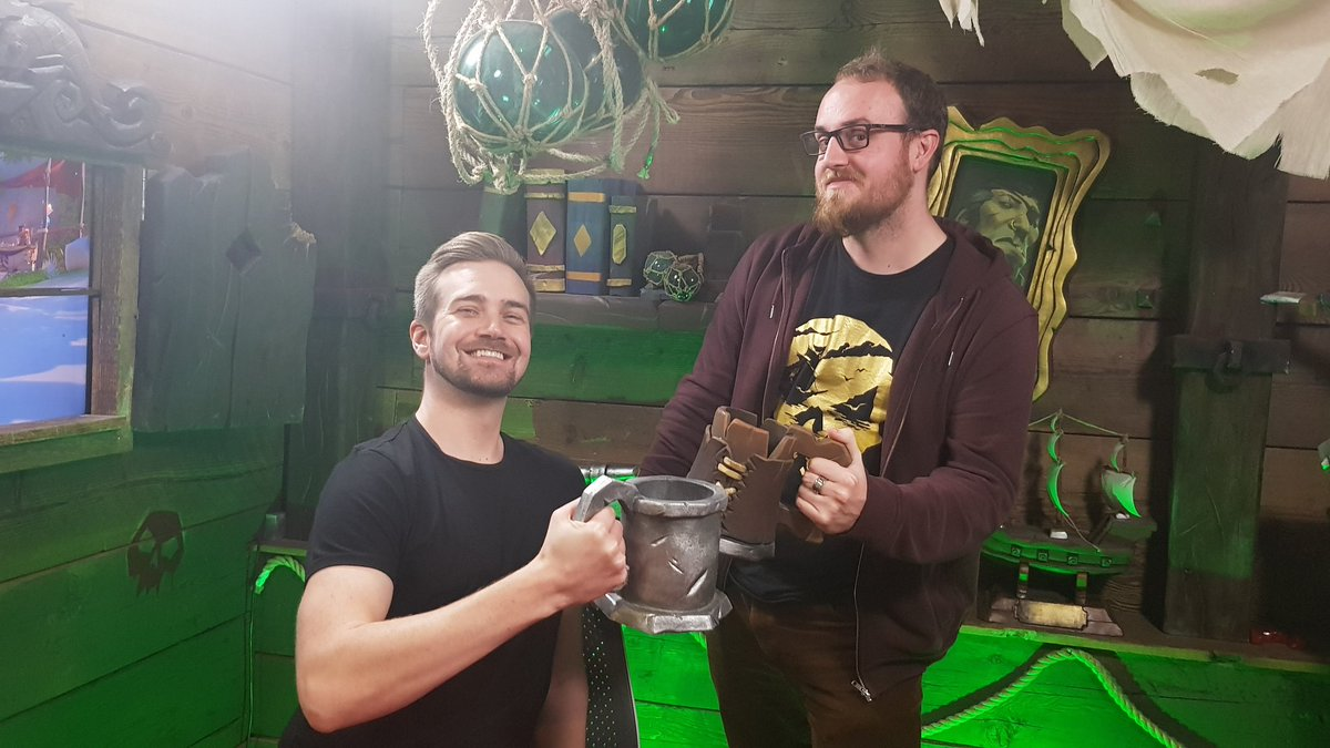Livestream time! Join the @RareLtd crew and @PedroDBR right now as they scour the Sea of Thieves for some of that loot for which the Masked Stranger is paying so generously...  📺 📺 📺
