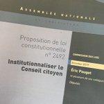 Image for the Tweet beginning: La défiance du peuple envers