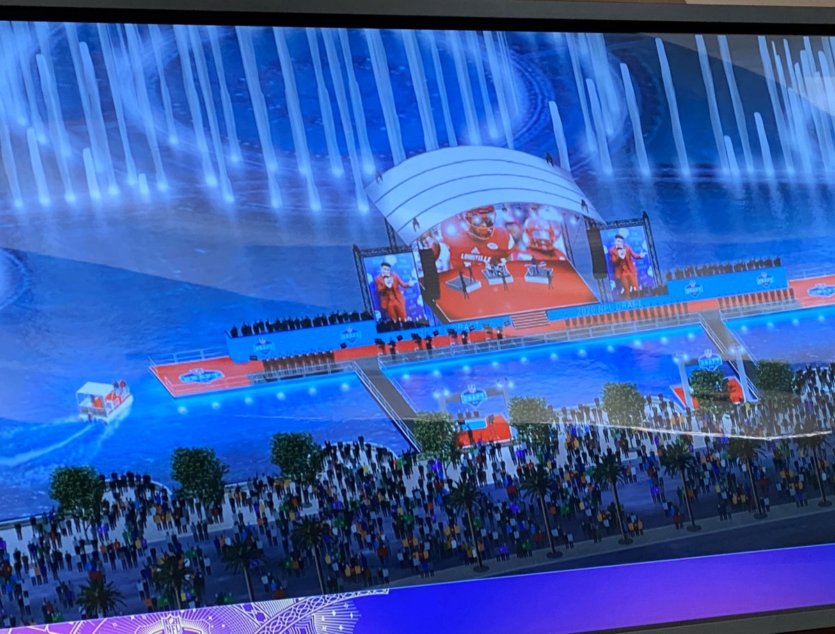 Every draft prospect will be delivered to the stage over the Bellagio fountain by boat. #vegas #nfldraft<br>http://pic.twitter.com/t2KSI6LCMv