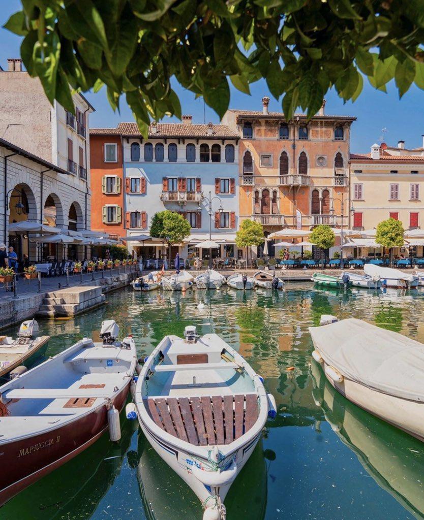 Italy  <br>http://pic.twitter.com/rWE7w0i8b1