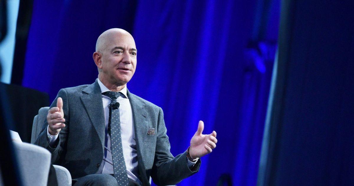 Guardian: Saudi prince's account used to hack Jeff Bezos via WhatsApp