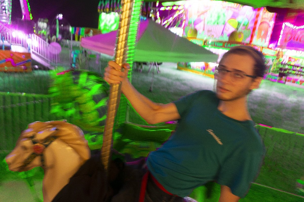 I wanna touch the edge of greatness - #gay #gayboy #gayman #twink #selfie #me #gayselfie #photography #trip #marinaandthediamonds #marina #electraheart #carousel #countyfair  #lgbtq #carnival #fairphotography #aesthetic #photoshop