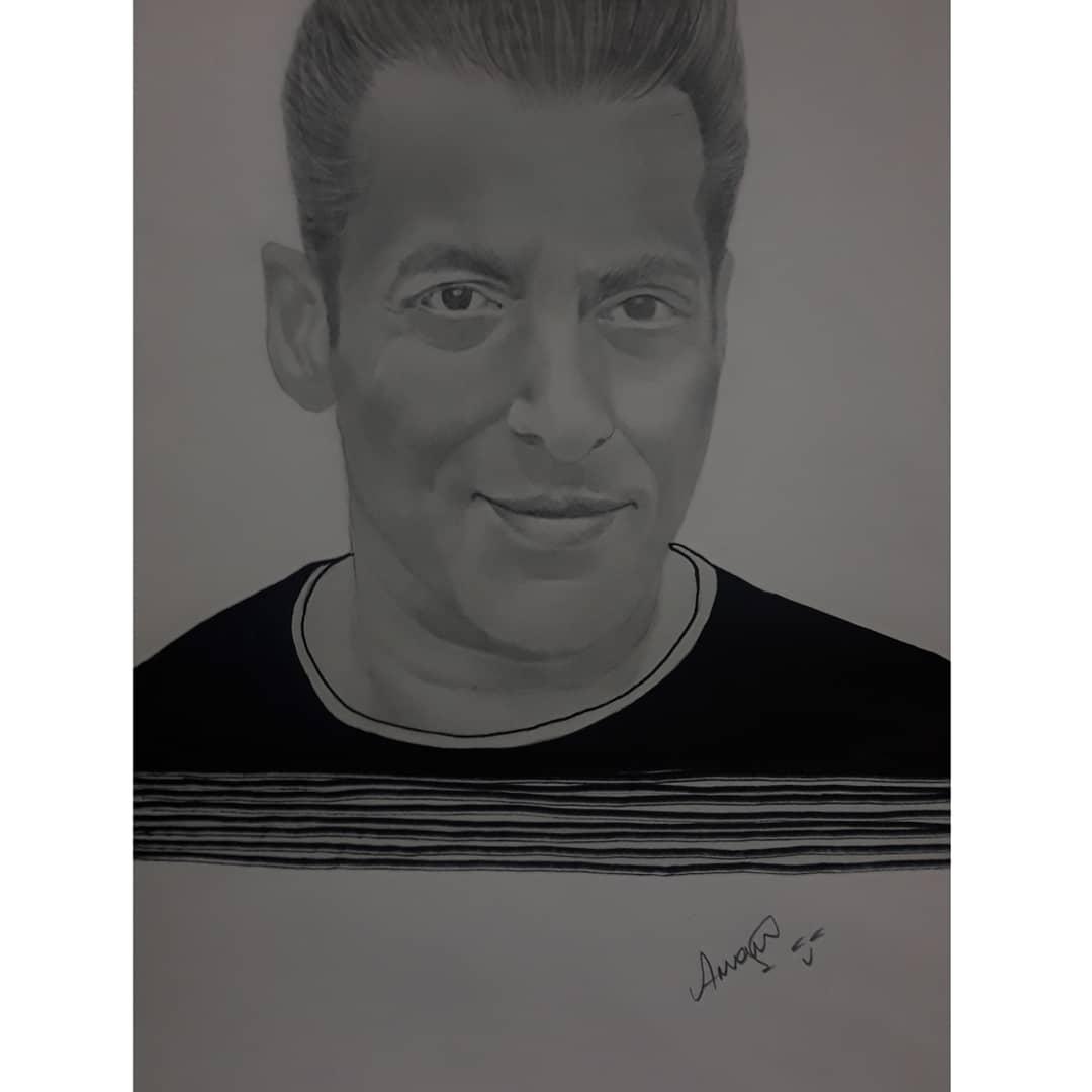 @BeingSalmanKhan  #SalmanKhan #BiggBoss #Trending #actorslife #Salman #artistsontwitter #drawings #charcol #artwork #PhotoOfTheDay #photography #Bollywood #BollywoodStars #dabbang3 #Sketching #sketch #art #portrait #sketchbook